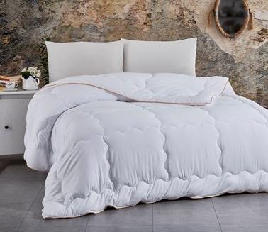 Komfort Home Tek Kişilik Yazlık Biyeli MicroSaten Lüx Yorgan + Yastık Beyaz